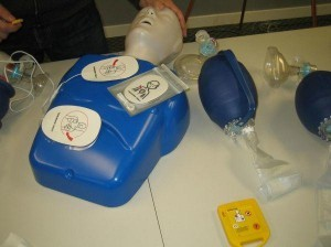 cpr-and-aed-training-class
